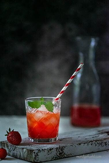 Erdbeer Shrub – der ideale Durstlöscher